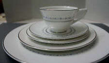 ROYAL DOULTON TIARA  5 PIECE PLACE SETTING