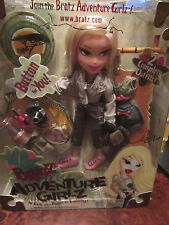 BOXED BRATZ ADVENTURE GIRLZ CLOE.