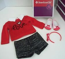 AMERICAN GIRL CITY  OUTFIT FOR GRACE THOMAS DOLL WITH BOX -NEW