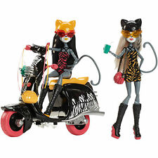 Monster High Werecats Sisters Scooter Set Meowlody Purrsephone Girls Doll NEW