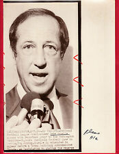 "Pete Rozelle Oct 14, 1975  ""Rozelle Rule Lawsuit"" - Examiner Reference Library"
