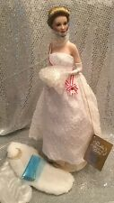 FRANKLIN MINT GRACE KELLY PORCELAIN PORTRAIT DOLL & ACCESSORIES MINT