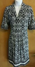 BCBG MAXAZRIA Black Ivory Print Short Sleeve Stretch Dress XS Ployester
