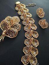 Vtg CORO Pegasus 3 Piece Set Gold tone Chunky Leaf Bracelet Pin Pendant Earrings