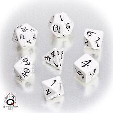 Q-workshop 7 Dice Set of White & Black Classic SCLE02