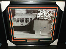 WILLIE MAYS THE CATCH AUTHENTIC FRAMED 16X20 PHOTO AUTOGRAPHED GIANTS SIGNED