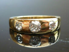 Stunning 18ct gold 0.75ct Old Mind cut 3 diamond ring Se16