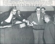 1956 Charitable Chicago Judge Gives Own Money Skid Row Man Press Photo