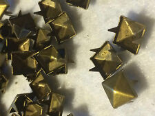 100 RIVETS CLOUS GRIFFE POUR CUSTOMISER EN METALbronzé CARRE 7/7mm