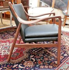 Mid Century Modern Finn Juhl Copenhagen Chair Walnut & Black Leather Replica