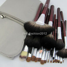 24PCS Professional Natural Goat Hair Makeup Brush Set Soft Cosmetic Brushes Kit