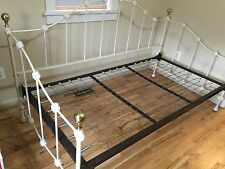 Dresher Antique Heavy Daybed vintage Off White  Iron Bed Frame-  Pickup Only