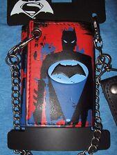 New DC Comics Batman VS Superman Bat Super Hero Symbol Tri Fold Wallet & Chain