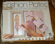 Vintage 1978 TOMY Fashion Plates Kit 2508 Includes 13 Plates; Base & Box; Clean