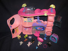 Littlest Pet Shop playset with extra figures lot a