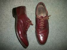 BOSTONIAN BURGANDY WING TIPS, SIZE 9 B/AA