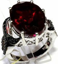 Blazing Red Quartz, Thai Black Spinel Ring Sterling Silver (Size 8) 14.53 Cts