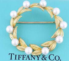 Tiffany & Co Rare Vintage 18K Yellow Gold Akoya Pearl Full Circle Brooch Pin