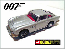 CORGI TOYS JAMES BOND ASTON MARTIN 270-A WITH TIRE SLASHERS with BAD GUY 1968