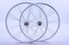PAIR 700c DISC HUB WHEELS WHITE DEEP SECTION 9 x 4 SPOKING WHITE 5,6 or 7 SPEED