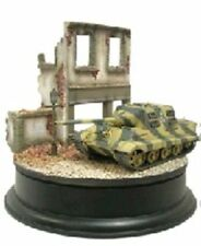 Dragon ARMOR 1/72 JAGDTIGER & Building DIORAMA GERMANIA 1945 60201