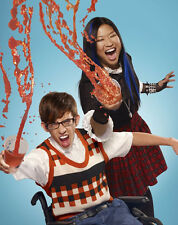 Glee UNSIGNED photo - E1887 - Kevin McHale and Jenna Ushkowitz