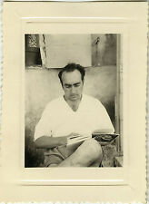PHOTO ANCIENNE - VINTAGE SNAPSHOT - HOMME LOISIRS LECTURE LIVRE - READING BOOK