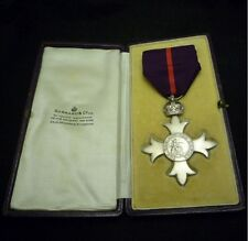 MEMBER OF THE ORDER OF THE BRITISH EMPIRE MBE 1ST TYPE (MILITARY) MEDAL IN CASE