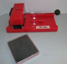 PROVO CRAFT SIZZIX BIG RED DIE CUTTING MACHINE & SQUARE DIE CUT SHAPES
