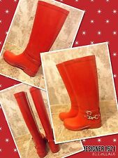 New COACH SIZE 8b Lori Rain and Snow boots color RED, VERY RARA