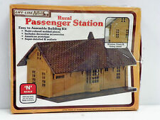 "LIFE-LIKE N SCALE U/A ""RURAL PASSENGER STATION"" PLASTIC MODEL KIT"