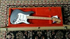 ERIC CLAPTON AUTOGRAPHED / SIGNED SIGNATURE SERIES FENDER STRATOCASTER GUITAR!