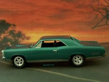 67 1967 PONTIAC GTO COLLECTIBLE 1/64 SCALE DIECAST MODEL DIORAMA OR DISPLAY