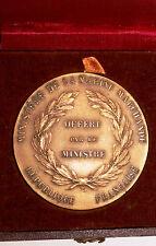 Medaille Offer par le Ministre de la Marine Marchande en boite signee (111)