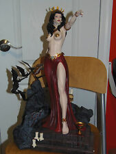 ARH STUDIOS QUEEN OF VAMPIRES EXCL.STATUE#15/100 made , NOT SIDESHOW VAMPIRELLA