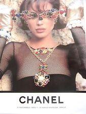 publicité de presse   BIJOUX JOAILLERIE  CHANEL           en  1991 ref. 25589