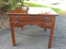 BOB TIMBERLAKE SOLID CHERRY  ISLAND END LAMP TABLE  MADE USA  LEXINGTON  833-946
