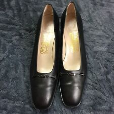 Salvatore Ferragamo Heels Pumps Black Leather Sz 8 AAA Extra Narrow