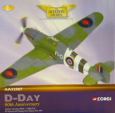 Corgi AA32007 Hawker Hurricane Mk II RAF No.83 OTU, LF380, RAF Peplow, 2151/3300