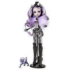 Monster High Freak Du Chic Clawdeen Wolf Doll New