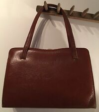 "PRELOVED 1960'S BROWN KELLY HARD LEATHER HAND BAG 11 1/2"" X 8"" X 3"""