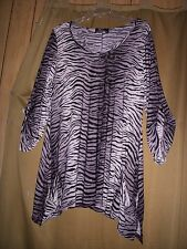 1X Tunic Slinky Stretchy Black Gray Animal Print Pockets LS Fishtail NWT 1X XL
