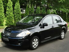 Nissan: Versa 5-SPEED! 1-OWNER! CLEAN AUTOCHECK! NO ACCIDENTS!