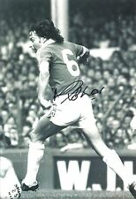 A 12 x 8 inch photo personally signed by Mickey Thomas of Manchester United.
