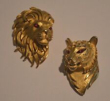 RARE PAIR OF VINTAGE TRIFARI SIGNED LION PINS BROOCHES -GOLD TONE WITH RED EYES