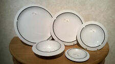 ALESSI *NEW* FILETTO Set 3 assiettes + 1 bol + 1 soucoupe Plates bowl