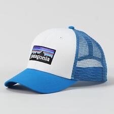 Patagonia P6 logo trucker cap casquette blanc grec bleu unique taille s'adapte à la plupart réglable