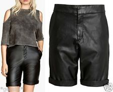 H&M SIZE UK 10 / 36 SEXY LEDER STRETCH SHORTS HOT PANTS BERMUDAS FAUX LEATHER