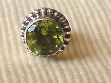 SINGLE STERLING SILVER & ROUND FACETED PERIDOT 8mm STUD EARRING £4.50 NWT