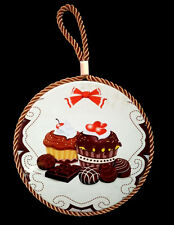 NEW CHOCOLATE CUPCAKE BOW WALL ART PLAQUE KITCHEN DECOR CORK ROUND BROWN RED 7""